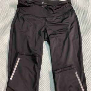 Old Navy Activewear Leggings (Medium)